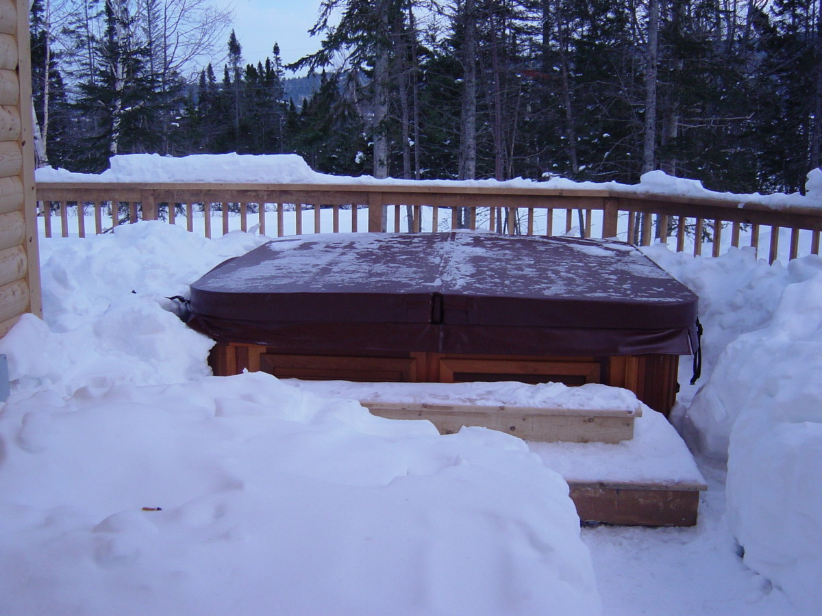 Using Your Hot Tub In The Winter - What you need to know